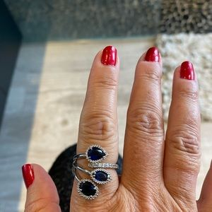 Ring - 3 stones with bling